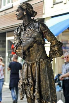 Living Statue Paint | Living Statues - Straattheater met levende standbeelden