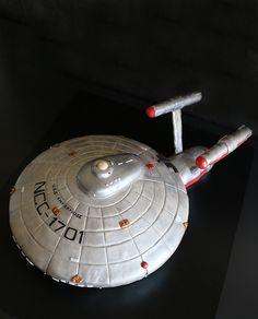 1000 Ideas About Star Trek Cake On Pinterest Birthday