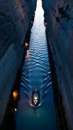 Canal of Corinto , Greece