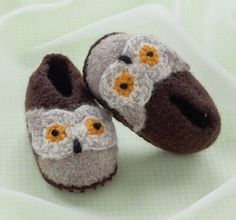 Cozy Toes For Baby Sweet Shoes to Crochet and by carolinagirlz2