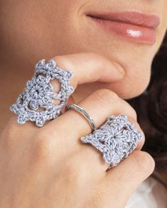 This little Crochet Ring Pattern takes less than an hour to make, and it adds the perfect crafty touch to any outfit. Crochet jewelry patterns make the perfect accessory for women of all ages, and this crochet ring is perfect for using up yarn. Crochet Ring Patterns, Crochet Rings, Crochet Designs, Thread Crochet, Crochet Crafts, Crochet Projects, Crochet Flowers, Crochet Lace, Jewelry Crafts