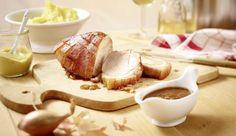 Für alle Liebhaber knuspriger Kruste ist der Krustenbraten in Schalotten-Senf-Sauce genau das Richtige, denn mit diesem Rezept wird die Schwarte richtig schön kross und innen bleibt das Fleisch gleichzeitig saftig