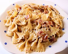 Garlic Chicken Farfalle (or any pasta you have around)... Its whats for dinner!