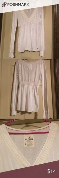 Hollister Women's White Blouse w/Lace Trim V-Neck Women's Hollister white long sleeve blouse with lace trimmed neck. Size Large. NWOT. Cute!🙂 Hollister Tops Blouses