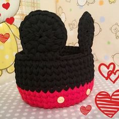 @fiorrys_knits #orgusepet #penyeipsepet #penyesepet #knittersofinstagram#knittingyarn #knitted_inspiration #knittingpattern #knitting_is_love #knitting_is_love #handmadebasket #creativecrochet #crochetersofinstagram #crochetbag #crochetinspiration #crochetpatterns #crochetaddict #tshirtbasket #knittedbag #knittedwithlove #croche #croché #crochetbasket #crochetlover #crochê #tshirtyarn #tshirtyarnbasket #crochetvideo #crochietتوزيعات Loom Knitting, Knitting Patterns, Crochet Patterns, Crochet Crafts, Crochet Yarn, T Shirt Yarn, Diy Shirt, Crochet Disney, Diy Bags Purses
