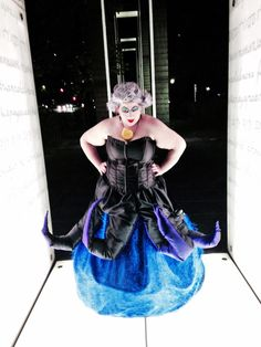 This is Tara, who I went to college with. She lives in Japan and made this UNFRICKIN'BELIEVABLE Ursula costume.