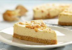 Cheesecakeul Amaretti, preparat dupa o reteta italiana, e una din cele mai aromate si simple retete de dulciuri. Gustul de lichior Amaretto dau acestei prajituri un farmec aparte.