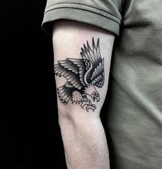 55 Adorable Tattoo Ideas For Women - Page 40 of 56 - Tattoo Designs Eagle Tattoos, Black Ink Tattoos, Leg Tattoos, Body Art Tattoos, Small Tattoos, Sleeve Tattoos, Tattoos For Guys, Cool Tattoos, Celtic Tattoos