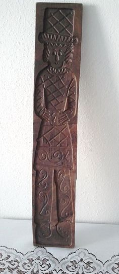 """LARGE 29"""" ANTIQUE HAND CARVED WOOD SPECULAAS SPRINGERLE COOKIE MOLD OF A MAN"""