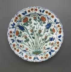 Dish ca.1560-1580 Ottoman period Stone-paste painted under glaze - Iznik, Turkey via Smithsonian's Museums of Asian Art