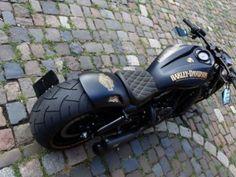 Harley-davidson-night-rod-black-gold-flag-bad-boy-customs