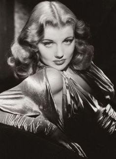 ladylikelady:  Dolores Moran