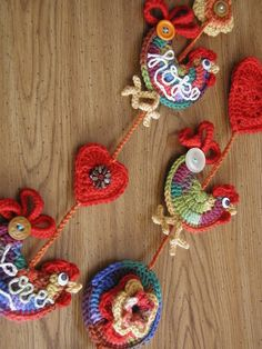 Fiddlesticks - My crochet and knitting ramblings.: Hearts, Roosters and Flowers… Crochet Garland, Crochet Decoration, Crochet Home Decor, Crochet Crafts, Yarn Crafts, Crochet Projects, Crochet Birds, Easter Crochet, Love Crochet