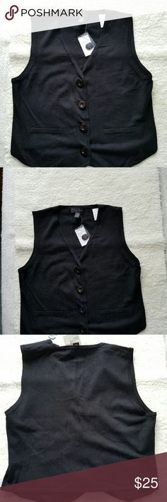 "CABLE & GAUGE BLACK KNIT VEST NWT CABLE & GAUGE BLACK KNIT VEST NWT This super soft sweater vest will look fab for work or play.  It closes with button covered snaps and has two faux welt pockets on the front. Size XL. Armpit to armpit is 19"" and shoulder to hem is 20.25"". 80% Rayon and 20% Nylon. Cable & Gauge Jackets & Coats Vests"