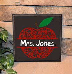 Teacher Appreciation Gift Perfect wood sign to sit on a teacher's desk or filing cabinet. Teacher Sign for Desk- Wood Sign- End of Year Gift- Teacher Appreciation Gift- Gift for Teacher- Apple Decoration- Personalize your gift! #etsy #backtoschool #woodsign #paintedwoodsign #teachersign #teacherappreciation #appreciationgift #teacherdecor #Endofyearteachergift #schooldecor #teachernamesign #teacherappreciationgift #lilyrosedesignsco