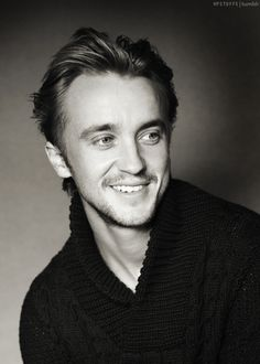 Tom Felton, HOT....Guru for ya...!!! :) Enjoy drooling..!! :D