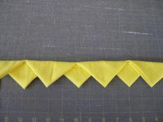 Great tutorial on prairie points quilt binding