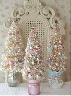 DIY Shabby Chic Holiday Decor on a Budget   eBay