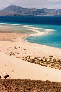 Fuerteventura, Sotavento Beach - the Island from Spain - Urlaub Canary Islands Fuerteventura, Beautiful Places In The World, Beautiful Beaches, Tenerife, Menorca, Places To Travel, Places To See, Nature Photography, Spain