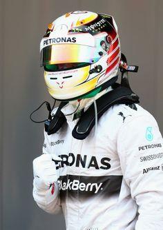 Pole Position for Lewis Hamilton @ 2014 Perelli #F1 Spanish Grand Prix