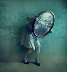 les miroirs / mirrors II by ~victoriaaudouard on deviantART Reminds me of Alice in Wonderland