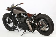 Harley XL1200C Bobber by Quentin Vaulet #motorcycles #bobber #motos | caferacerpasion.com