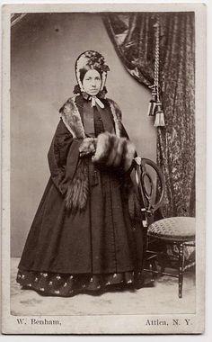 civil war era lady in winter clothes CDV American Civil War, American History, Vintage Photographs, Vintage Photos, Vintage Art, Civil War Fashion, Civil War Dress, Historical Clothing, Women's Clothing
