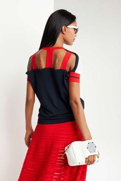 1 Oblique.ru - İtalyan kadın giyim tasarımcısı ve günlük yaşam için aksesuarlar. I Love Fashion, Sport Fashion, Womens Fashion, Fashion Design, Sport Chic, Casual Outfits, Fashion Outfits, Trendy Accessories, Types Of Fashion Styles