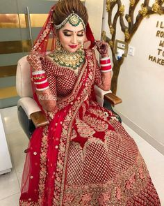 Tips For Planning The Perfect Wedding Day – Cool Bride Dress Indian Bridal Photos, Indian Bridal Outfits, Indian Bridal Hairstyles, Indian Bridal Lehenga, Indian Bridal Fashion, Indian Bridal Wear, Indian Dresses, Couple Wedding Dress, Wedding Dresses For Girls