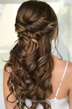 Beautiful Stunning Prom Hairstyles for Long Hair for 2018 ★ See more: glaminati.com/… The post Stunning Prom Hairstyles for Long Hair for 2018 ★ See more: glaminati.com/…… appeared first on Trendy Haircuts .