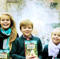 anythingandeverythingroyals:  Countess Eloise, Count Claus-Casimir, and Countess Leonore, children of Prince Constantijn and Princess Laurentien of the Netherlands, pose with copies of their mother's new book De Sproojkes Sprokkelaar