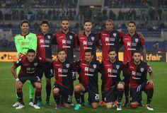 Cagliari Calcio team pose during the Serie A match between SS Lazio and Cagliari Calcio at Stadio Olimpico on October 26, 2016 in Rome, Italy.