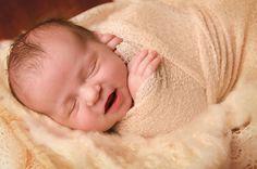 Neutral Ivory Newborn Photography | jessica barrett photography | Williamsburg, Va