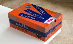 Laboratoř vyrobila Kinterovi katalog v krabici od bot