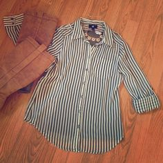Olive green and white striped sheer blouse Size M Olive green and white striped sheer blouse Size Medium. The sleeves can be rolled up to the elbow or left long. Great for work or an evening out with friends! Boots, tank, and necklace are not for sale but are shown just for styling purposes.  Make an offer or add to a bundle for 20% off! Tops Blouses