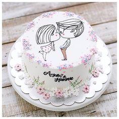 Fir bhi mera mood acha nahi horaha hai teri pagal baat padke😒😒 kuch bhi karo tu kabi happy hi nai hoti sorry yarr Pretty Cakes, Cute Cakes, Beautiful Cakes, Anniversary Cake Designs, Anniversary Cakes, Hairdresser Cake, Cake For Boyfriend, Cake Recept, Birthday Cake For Husband