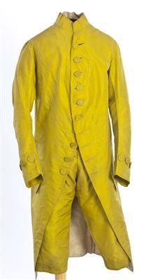 Ensemble (image 1) | Spain | 1785-1800 | silk | Textilteca CDMT | Museum #: 11635