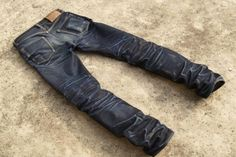 Epic Fades On Iron Heart Clobber! Posted Only To Inspire And Innovate! Nudie Jeans, Men's Jeans, Ripped Jeans, Blue Jeans, Khaki Pants, Good Work Boots, Edwin Jeans, Raw Denim, Men's Denim