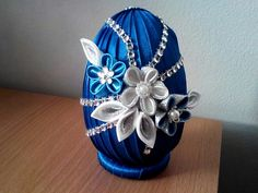 Styrofoam Ball, Faberge Eggs, Egg Art, Egg Decorating, Ball Ornaments, Flower Designs, Quilling, Easter Eggs, Diy Wedding