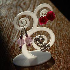 jewelry swirl tree