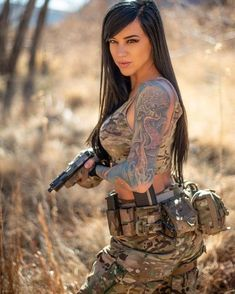 Deadly military women also deserve to fight for their country just like men. Woman have served in the military in greater number than before. Military services all open for both gender. Alex Zedra, Vaquera Sexy, Hot Girls, Best Sports Bras, Poses References, Military Girl, Warrior Girl, Female Soldier, Military Women