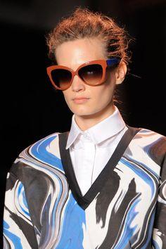 312 melhores imagens de oculos no Pinterest   Sunglasses, Glasses ... 1adee8aeb8