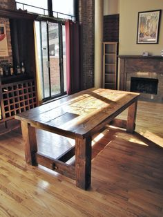 Rustic table. My dream table!  Must. Possess! !