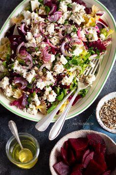 Pasta Salad, Cobb Salad, Halloumi, Mozzarella, Feta, Salad Recipes, Dishes, Cooking, Salads