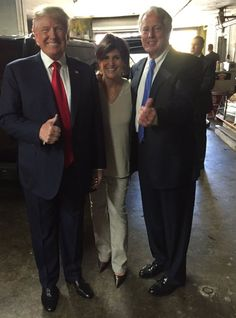 (1) DEBRA GIFFORD (@lovemyyorkie14) | Twitter First to welcome @realDonaldTrump in Poughkeepsie, NY? Dutchess Counties very own Robert Trump & Ann Marie Pallan