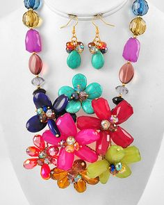 MULTI-COLOR CLUSTER STYLE NECKLACE AND EARRING SET - $38.67