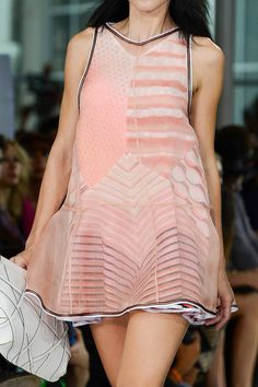 Missoni Spring 2013 Ready-to-Wear Detail - Missoni Ready-to-Wear Collection - ELLE