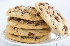 Large, bakery-style thick and chewy chocolate chip cookies that stay soft for days – a family favorite! These cookies have been around for a LONG time! I first made them over eight years when I fell Chip Cookie Recipe, Easy Cookie Recipes, Elephant Cakes, Chewy Chocolate Chip Cookies, Chocolate Chips, Vegetarian Chocolate, Popular Recipes, Bakery, Health Desserts