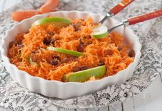 Healthy and light recipes from the Mediterranean with the best local ingredients. Low-fat, low cholesterol and low carb recipes, all healthy for you. Apple Salad, Macaroni And Cheese, Ale, Carrots, Barbecue, Healthy Recipes, Healthy Food, Chicken, Ethnic Recipes