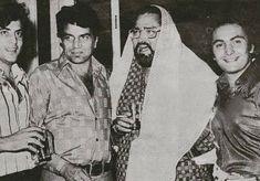 Shammi Kapoor, Rishi Kapoor, Vintage Bollywood, Asian Celebrities, Indian Movies, Golden Age, Old Photos, Movie Stars, Film